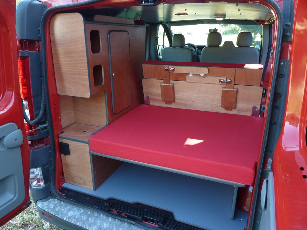 kit d 39 am nagement east van mania am nagement de fourgon. Black Bedroom Furniture Sets. Home Design Ideas
