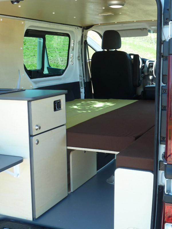 kit d 39 am nagement north van mania am nagement de fourgon. Black Bedroom Furniture Sets. Home Design Ideas