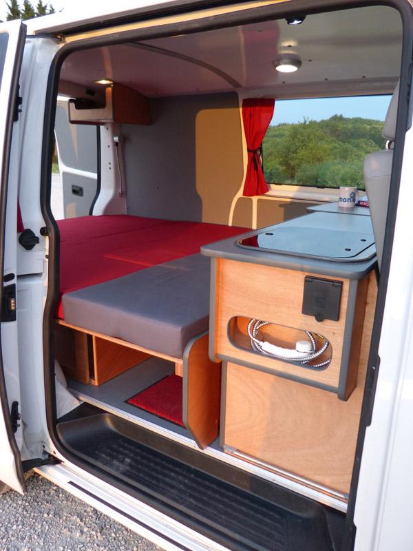 kit d 39 am nagement west van mania am nagement de fourgon. Black Bedroom Furniture Sets. Home Design Ideas