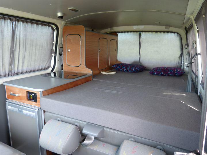 kit amenagement transporter t4. Black Bedroom Furniture Sets. Home Design Ideas