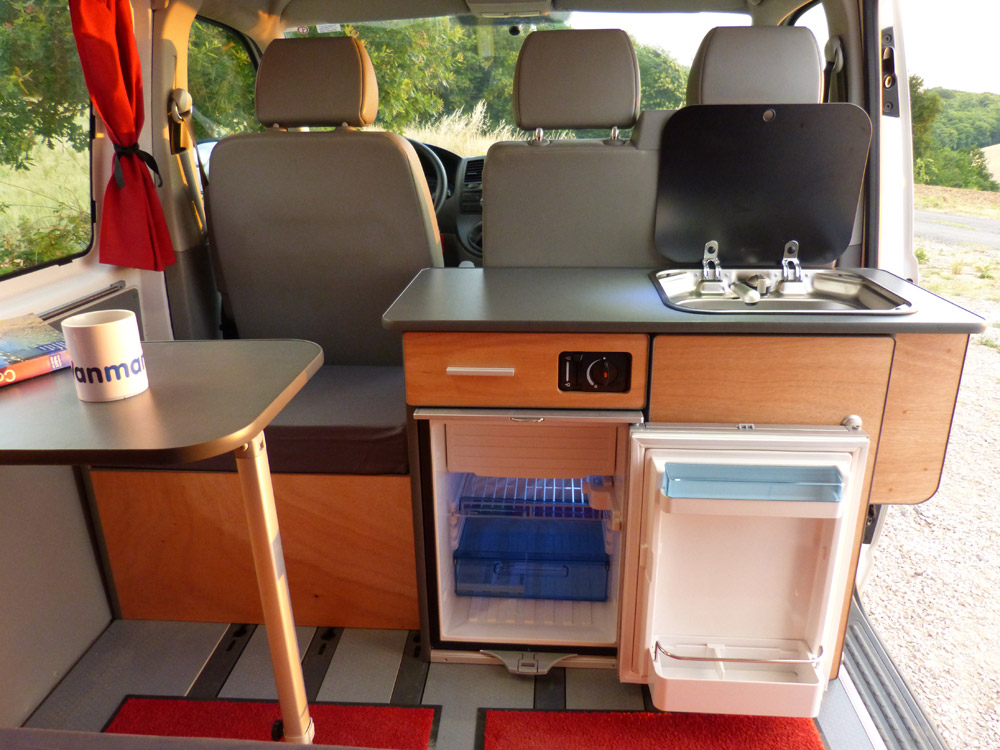 Fabuleux Kit West sur VW T5 et T6 - Van Mania MR31